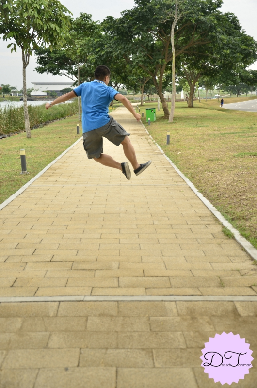 Obviously, my brother is better in these kind of jump-shots haha!