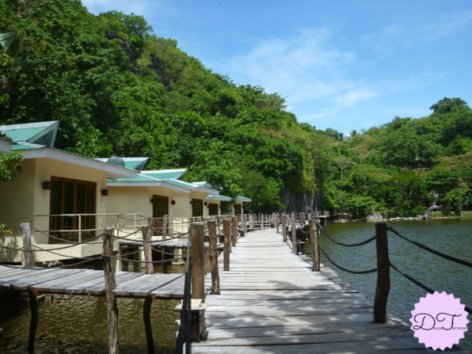 The cottages by the lagoon.