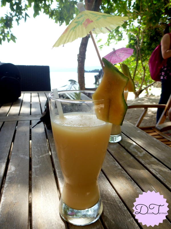 A refreshing glass of melon juice for the guests. Yum!